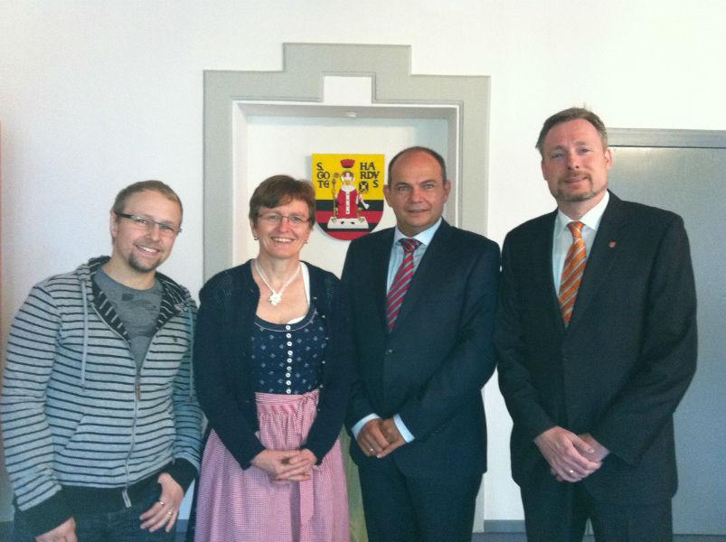 v.l.n.r.: Christian Kirchner (AGT), Sabine Scheller (DAGV), Knut Kreuch (Oberbürgermeister) und Dirk Weissleder in Gotha