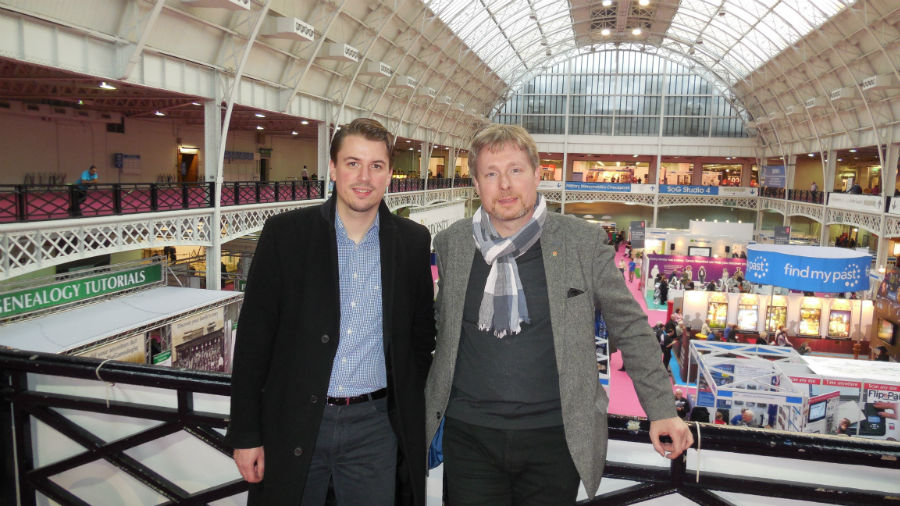 Benjamin Keune (links) und Dirk Weissleder (rechts) auf der WDYTYA? - Live! 2014 in London