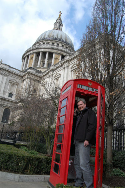 Traditionelle Telefonzelle an St. Pauls