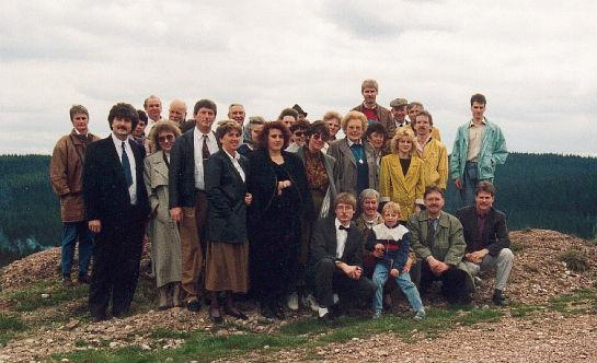 19. Mai 1991: Namensträger WEISSLEDER und Freunde vor der Weißlederspitze